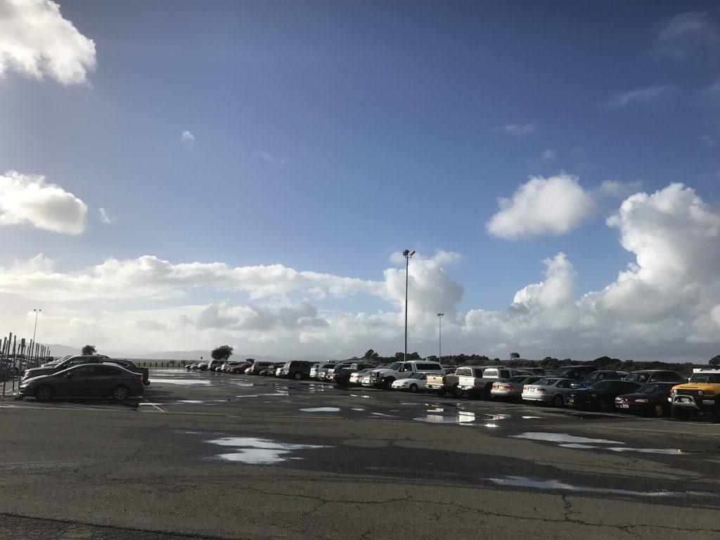GG 駐車場